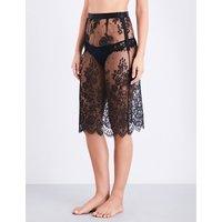 Noir Comme la Robe Chantilly lace slip skirt
