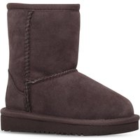 Ugg Classic boots 2-7 years, Size: EUR 22.5 /6 UK, Dark brown