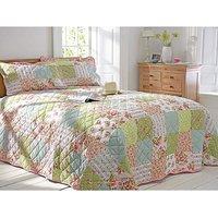 Elsie Patchwork Print Bedspread Set