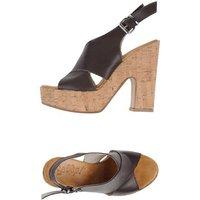 scoop-footwear-sandals-women-