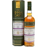 70cl / 50% / Hunter Laing - A richly coloured single cask of Blair Athol bottled by Hunter Laing for the Old Malt Cask series. Distilled in August 1995 and aged in a sherry butt for 21 years, this has notes of fruit cake, marzipan and custard.