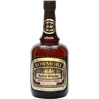 75.7cl / 40% / Distillery Bottling - An old NAS Bowmore which appears to have been bottled during the 1970s.