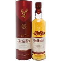 70cl / 43% / Distillery Bottling - Glenfiddich's Malt Master Brian Kinsman was the first to double-mature a Glenfiddich whisky in two different casks (although shorter finishing periods in more than one kind of casks has of course been done several times before). This whisky has been matured for some time in traditional oak casks before finishing its maturation in sherry casks.