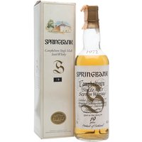 70cl / 46% / Distillery Bottling - This 19-year-old Springbank was distilled in June 1972 and bottled in January 1992. A sought-after bottling with the popular white label.