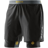 SKINS DNAmic Superpose Half Tights Compression Base Layers