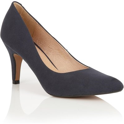 Lotus Dulcie courts, Blue
