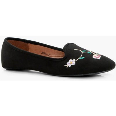 Flower Embroidered Slipper - black