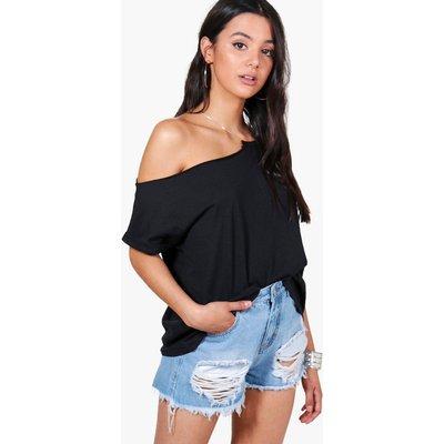 Chain Neck Detail Premium T Shirt - black