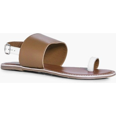 Leather Contrast Toe Ring Sandal - tan