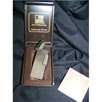 Win vintage metal cigarette lighter