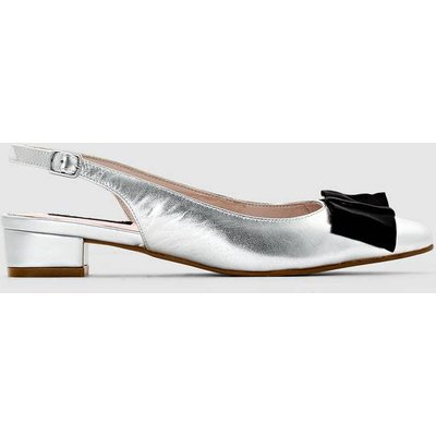 Stylish and Classic Heeled Leather Sandals