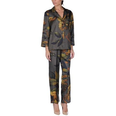 F.R.S. FOR RESTLESS SLEEPERS SUITS AND JACKETS Women's suits Women on YOOX.COM