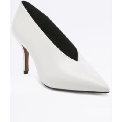 Kylie Vintage '80s White Court Shoes, WHITE