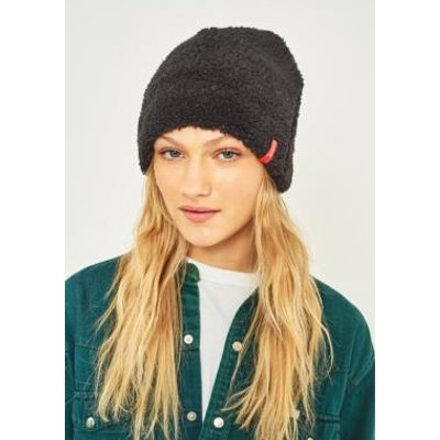 Reason Exaggerated Fleece Side Tab Beanie, BLACK