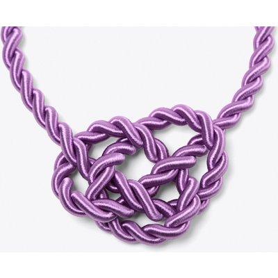 Queen Necklace in Violet
