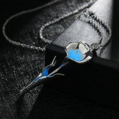 Floral Noctilucence Pendant Necklace