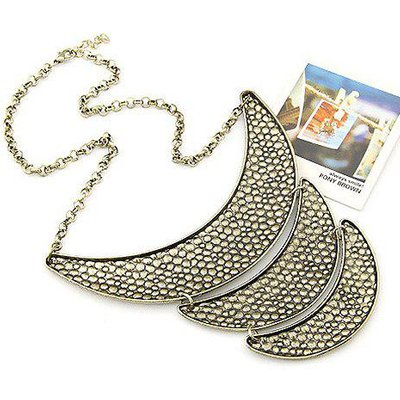 Multilayered Crescent Shaped Alloy Pendant Necklace