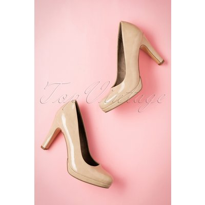 50s Katie Laquer Pumps in Cream