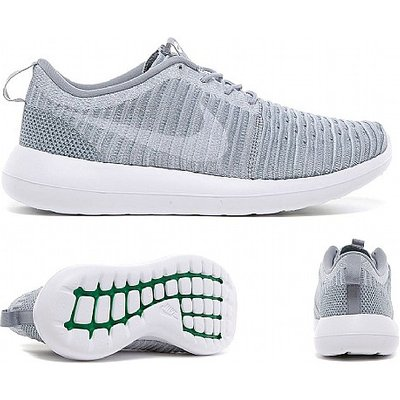 Roshe Two Flyknit Trainer