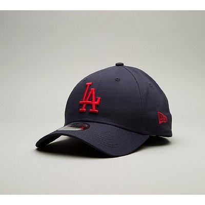 9Forty League Essential LA Curved Visor Cap