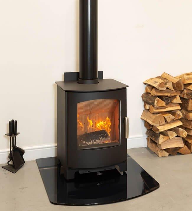 Mendip Churchill 8 SE Defra Approved Wood Burning   Multi Fuel Stove