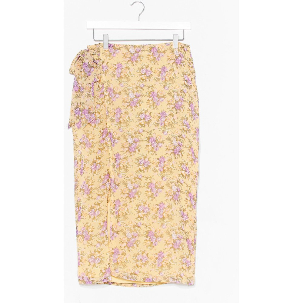 Womens Floral Wrap Midi Skirt - Nasty Gal - Modalova