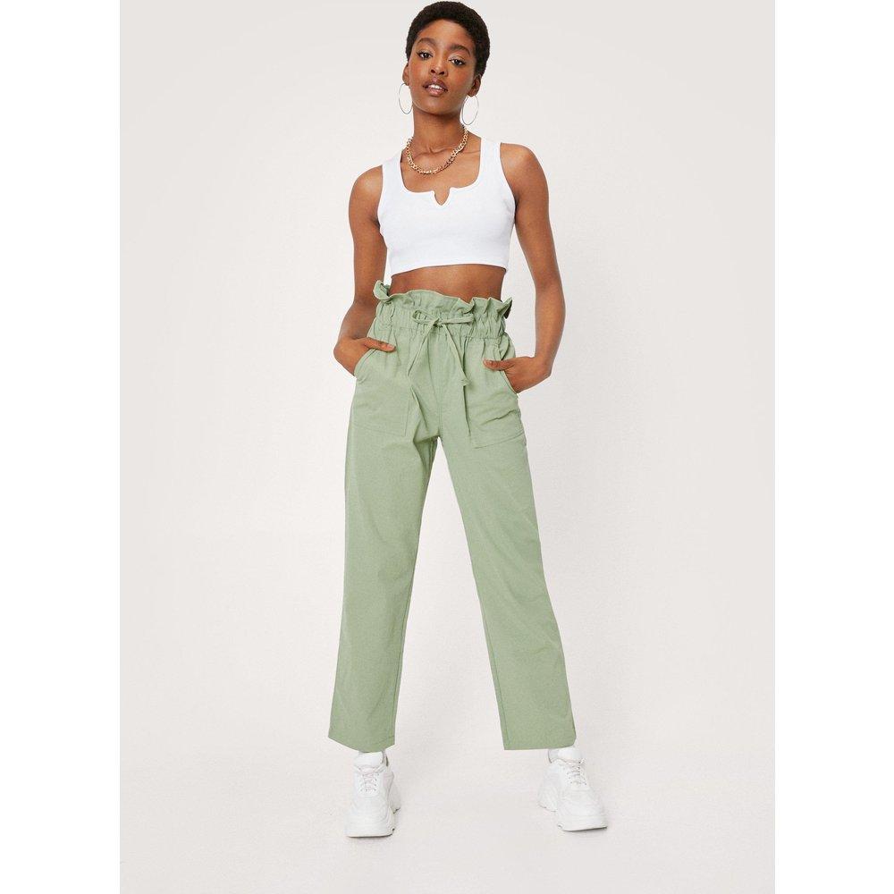 Womens Pantalon Taille Haute Paperbag - Nasty Gal - Modalova