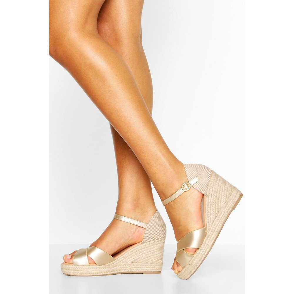 Sandales Compensées Espadrilles Croisées Devant - boohoo - Modalova