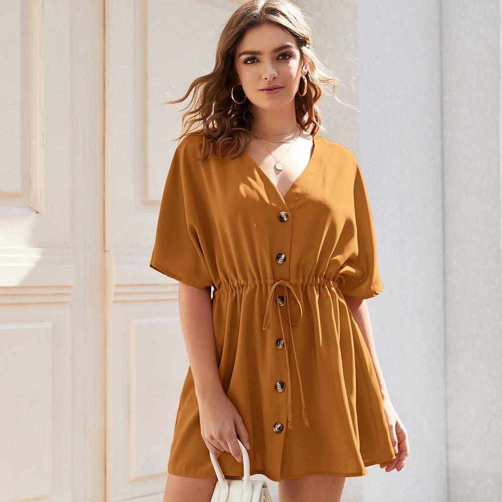 Robe trapèze boutonnée à cordon - SHEIN - Modalova