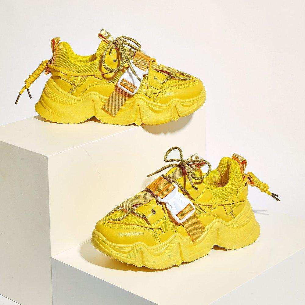 Baskets avec semelles épaisses à lacets - SHEIN - Modalova