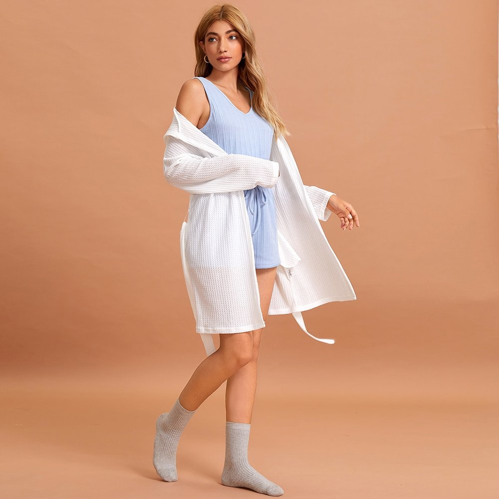 Robe de chambre à capuche ceinturée unicolore - SHEIN - Modalova
