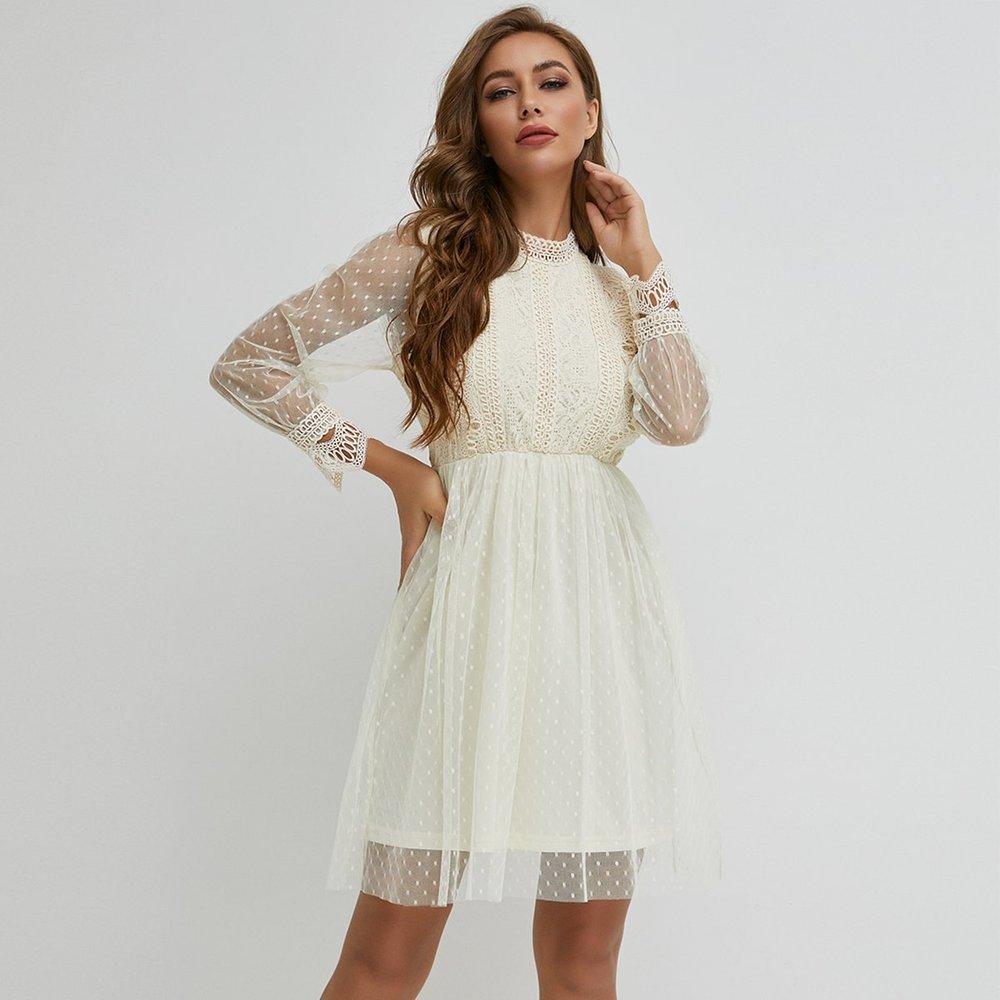 Robe en tulle avec appliques - SHEIN - Modalova