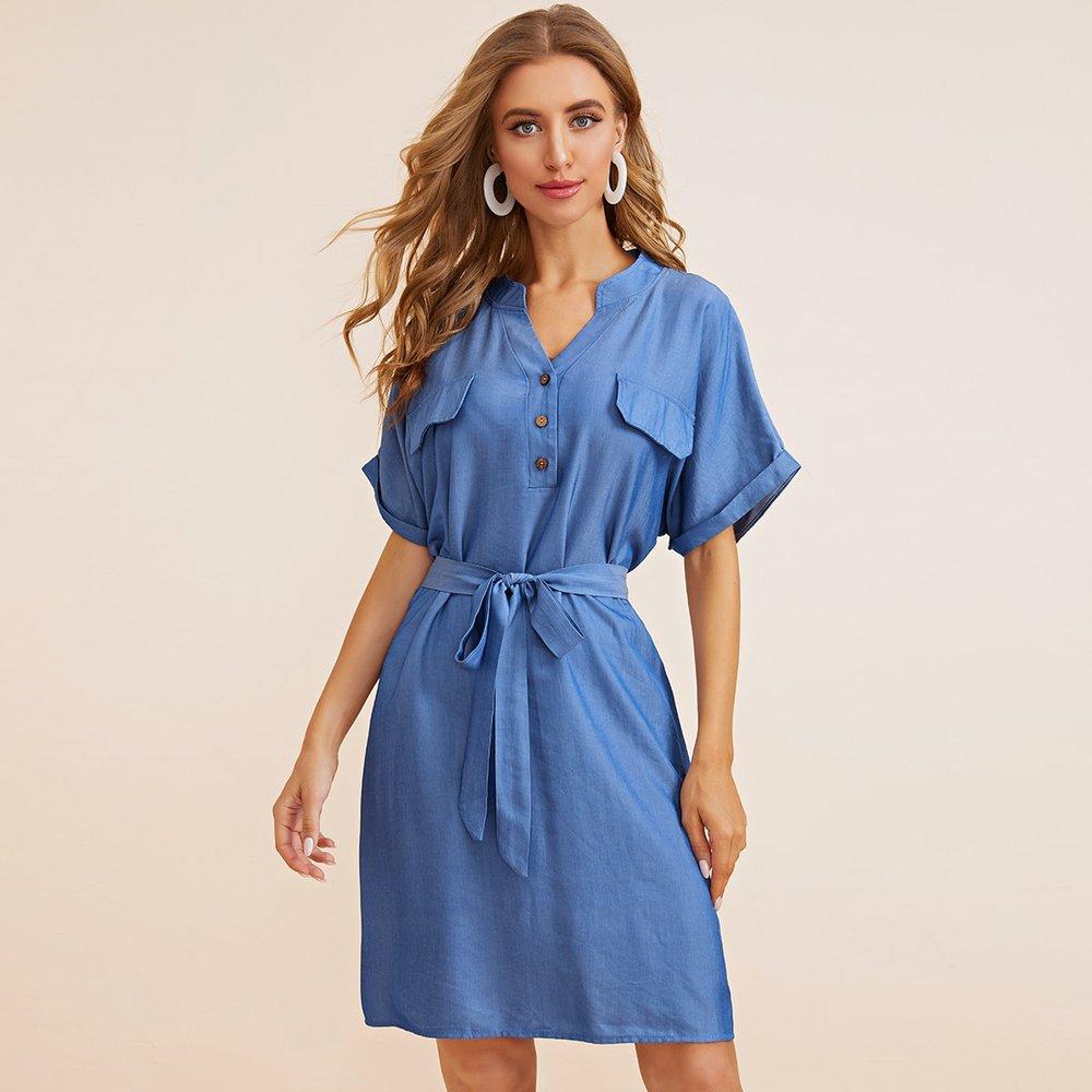 Robe chemise unicolore avec boutons - SHEIN - Modalova