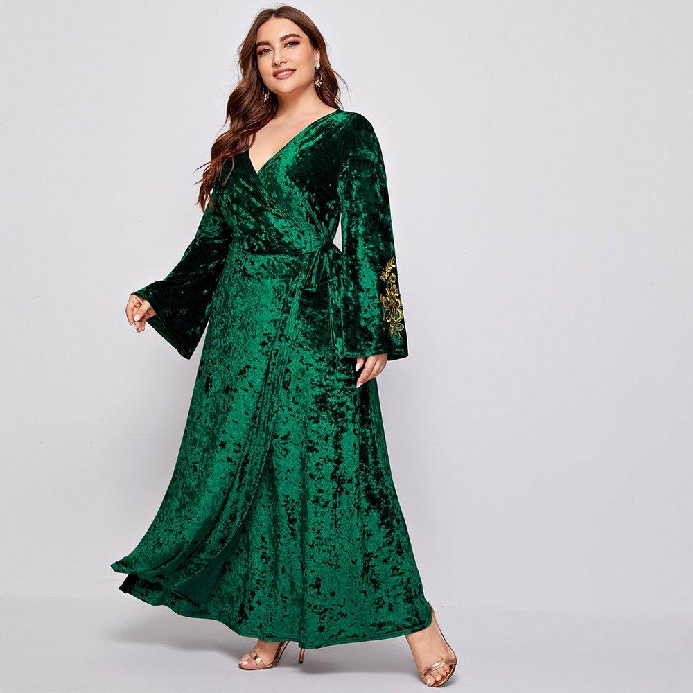 Robe portefeuille en velours côtelé avec broderie florale - SHEIN - Modalova