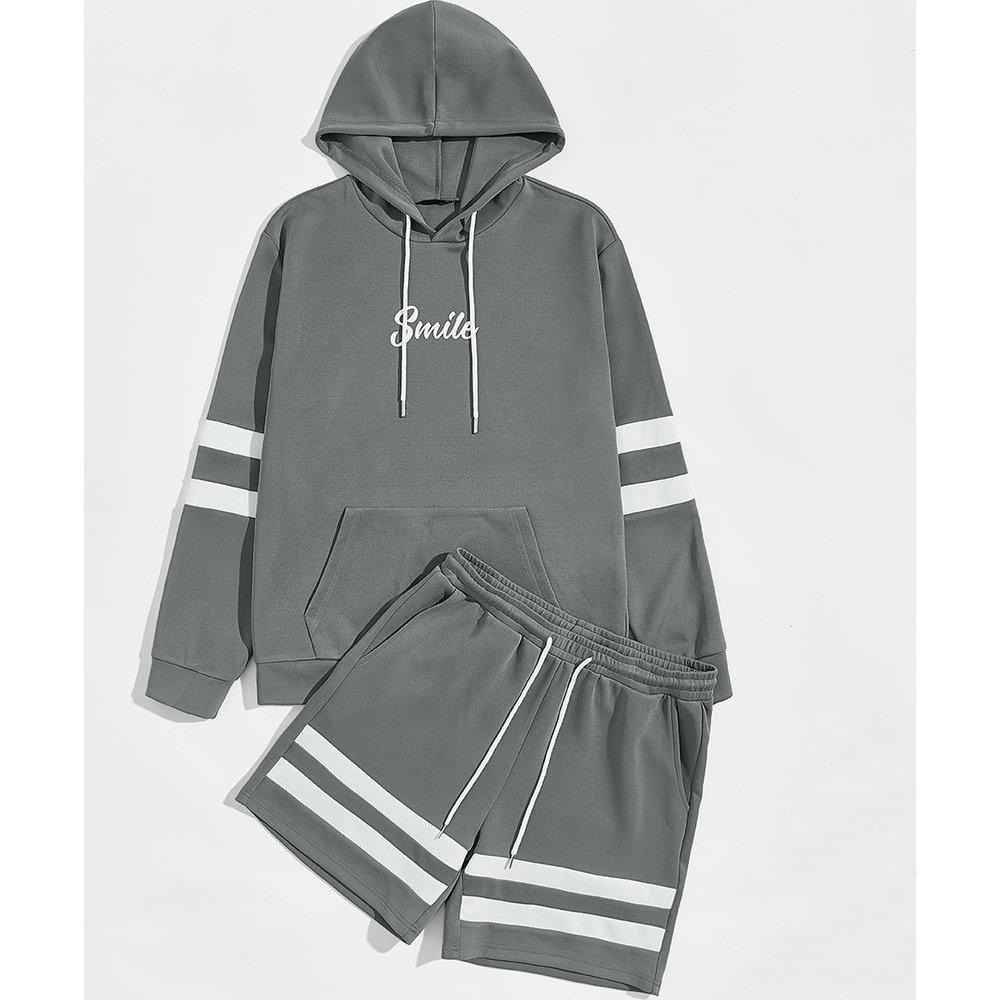 Ensemble sweat-shirt à capuche à imprimé et short - SHEIN - Modalova