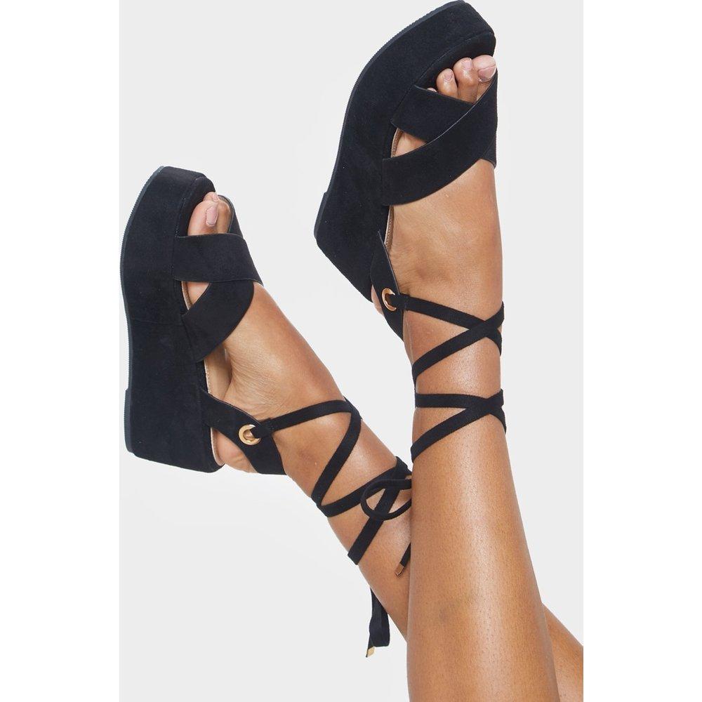 Sandales lacées à plateformes - PrettyLittleThing - Modalova