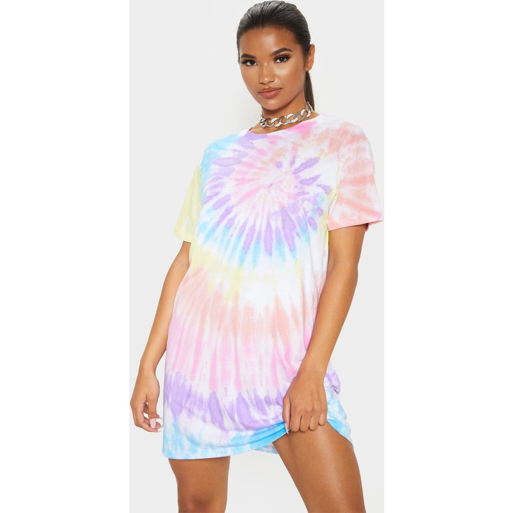 Robe t-shirt oversize effet tie & dye - PrettyLittleThing - Modalova