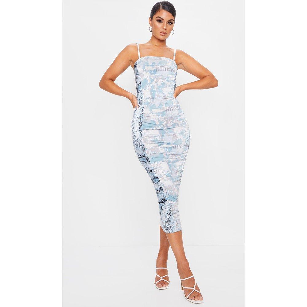 Robe mi-longue slinky froncée bleu à mix d'imprimés - PrettyLittleThing - Modalova