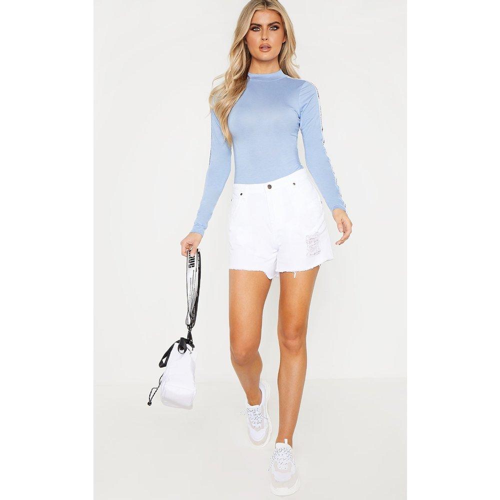 Tall - Short en jean taille haute déchiré et élimé - PrettyLittleThing - Modalova