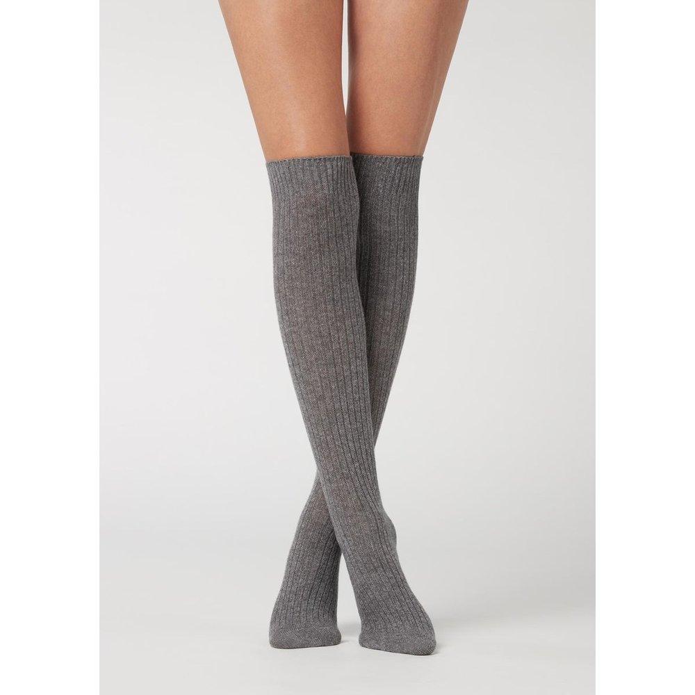 Chaussettes longues à côtes en laine et cachemire - CALZEDONIA - Modalova