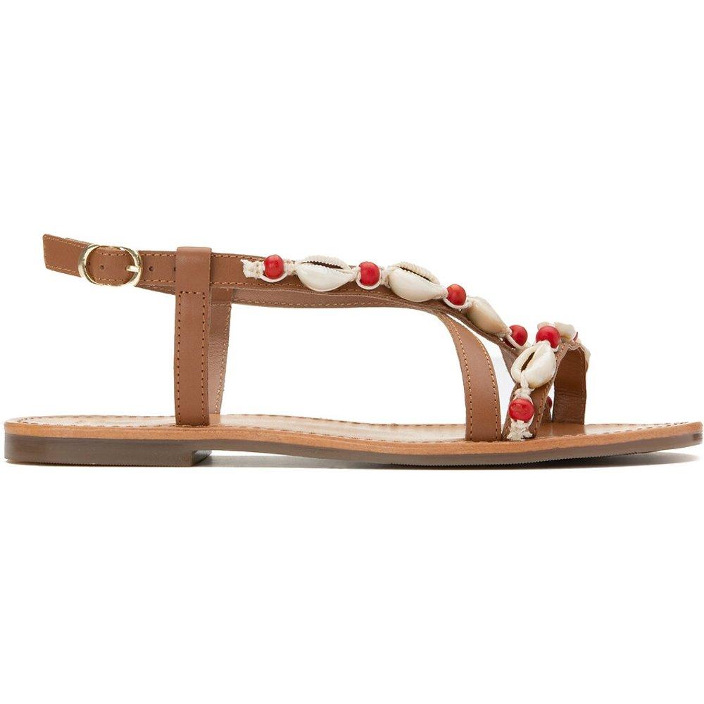 Sandales en cuir détails coquillages, pied large - LA REDOUTE COLLECTIONS PLUS - Modalova