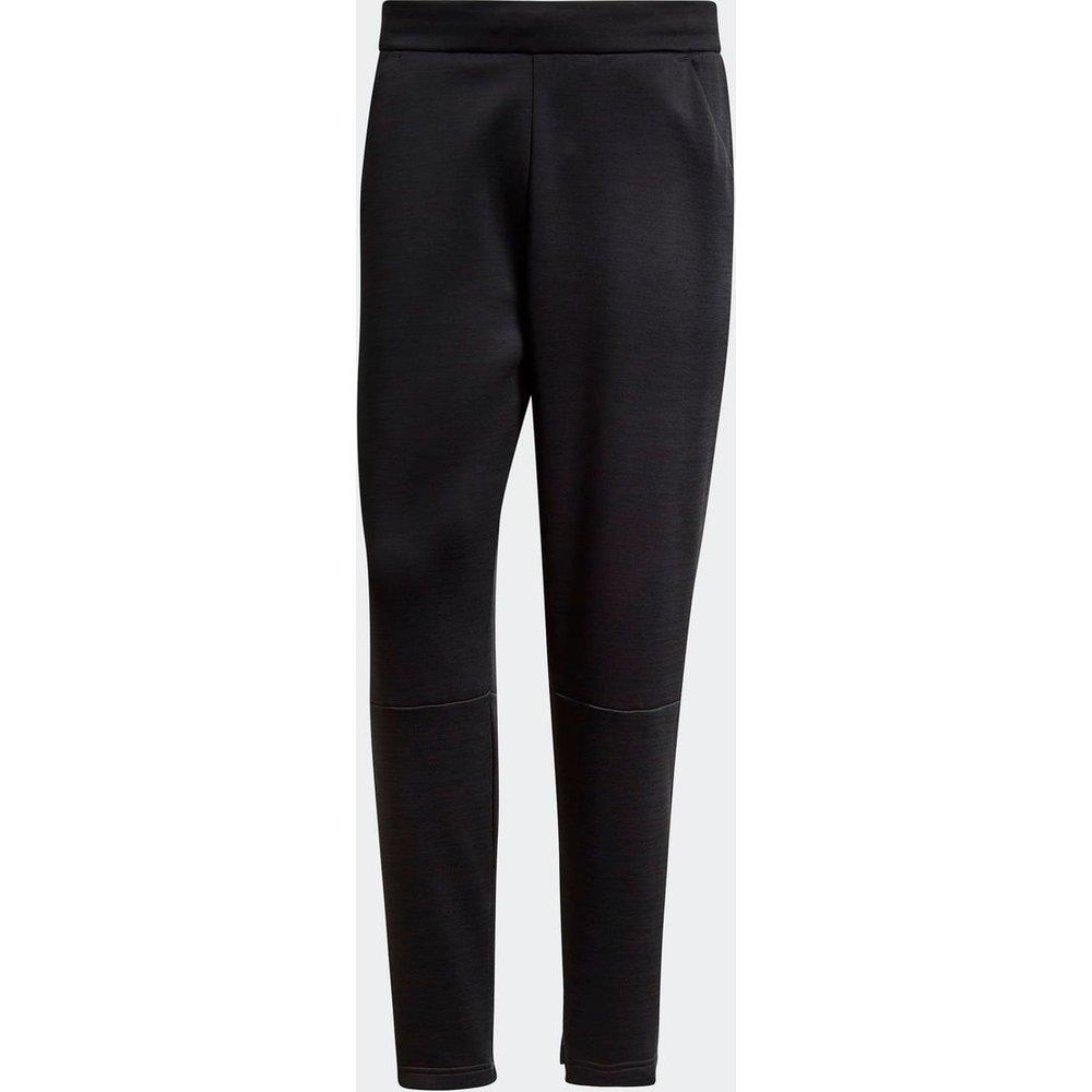 Pantalon adidas Z.N.E. Tapered - adidas performance - Modalova