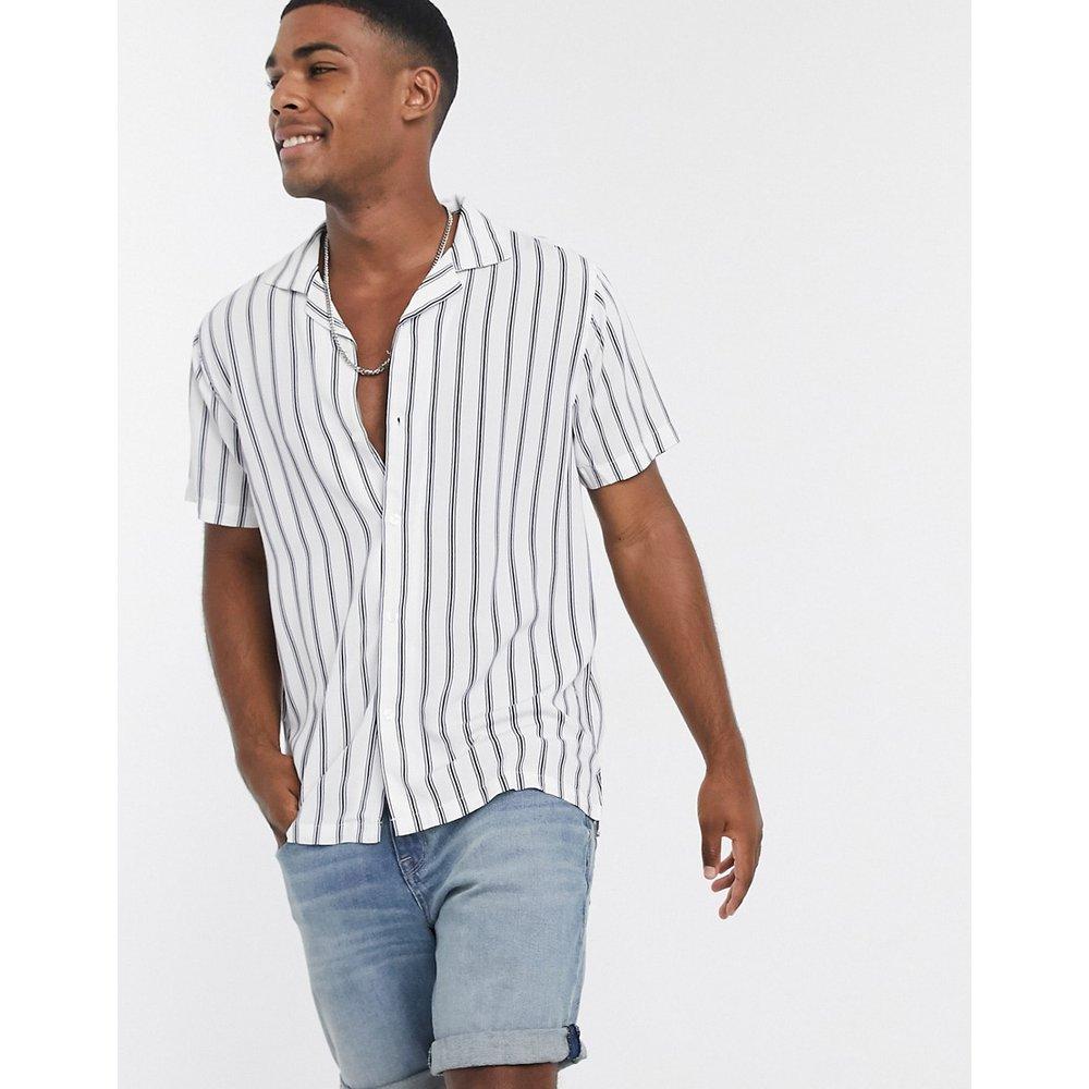 Chemise manches courtes à rayures en rayonne - Abercrombie & Fitch - Modalova