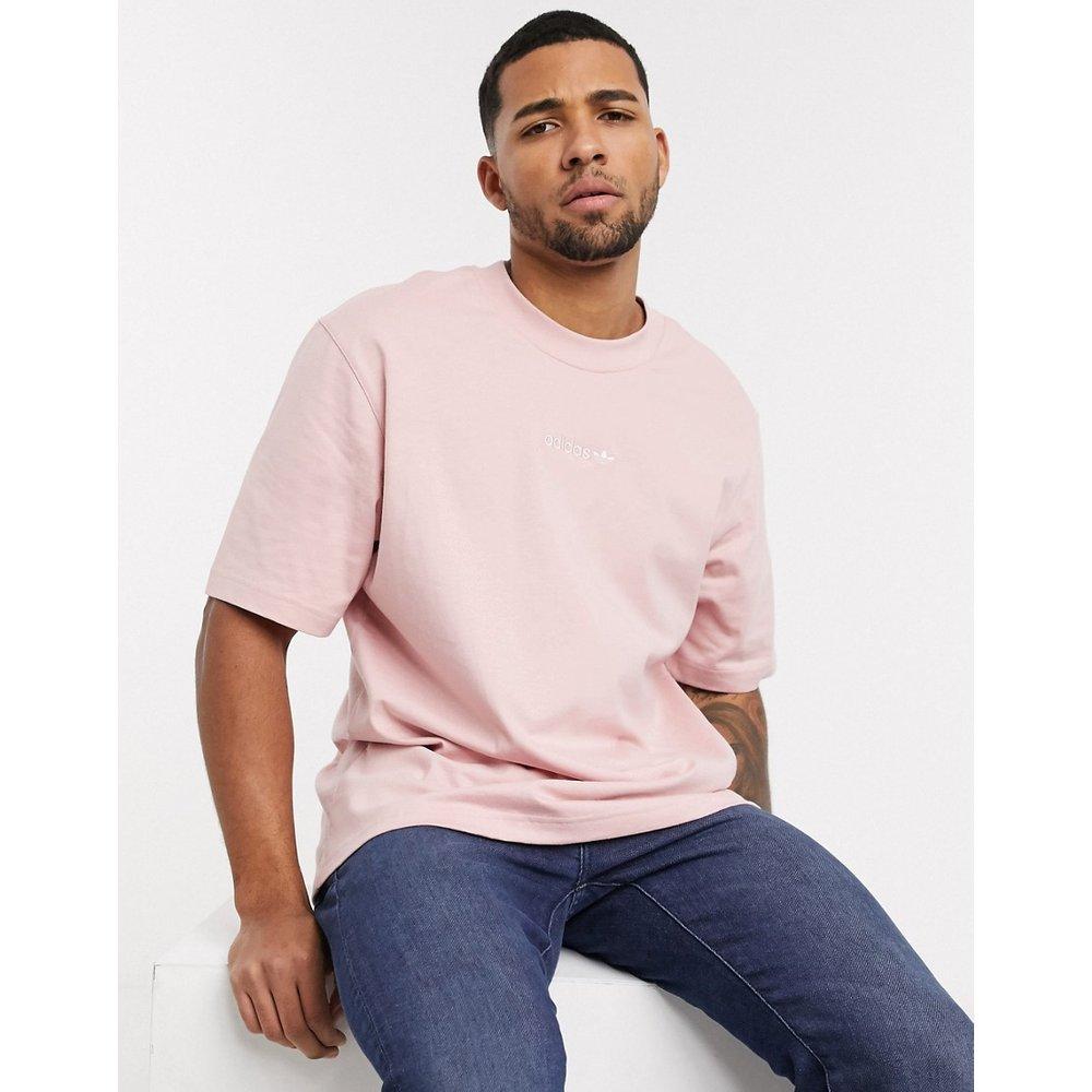  - T-shirt premium surteint avec logo central et motif brodé dans le dos - adidas Originals - Modalova