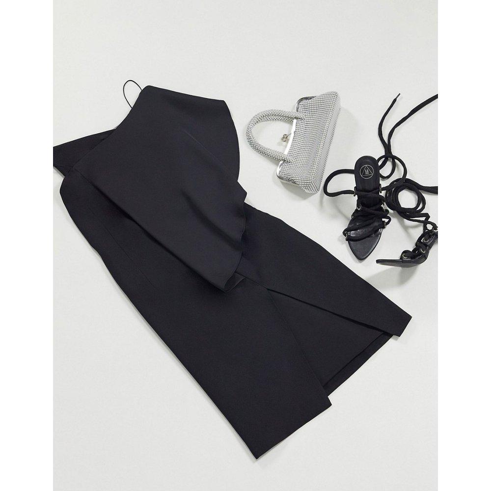 Robe moulante asymétrique - AQAQ - Modalova