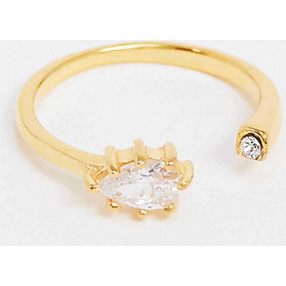 Bague en argent massif plaqué or avec ornementgoutte d'eau en cristal - ASOS DESIGN - Modalova