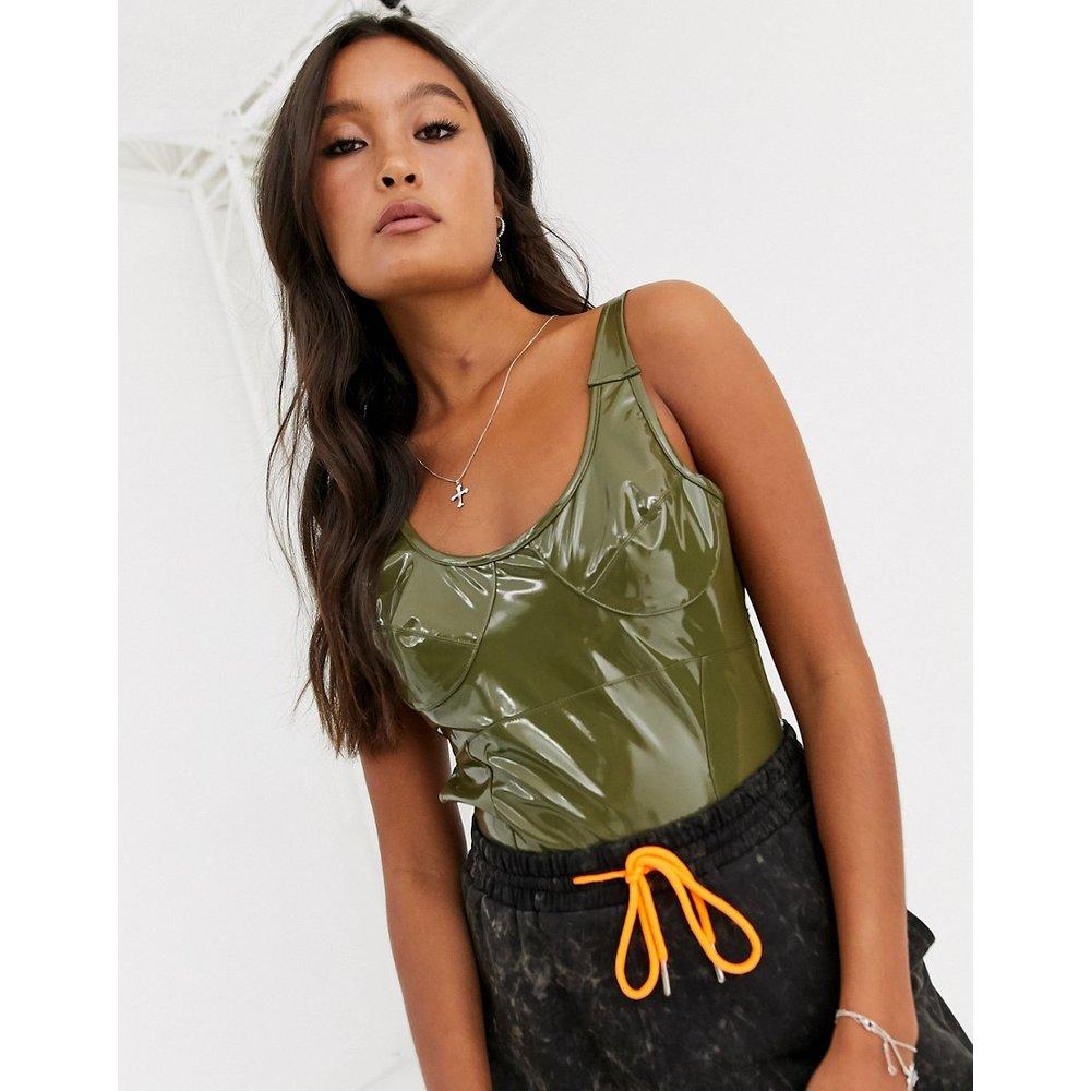 Body sans manches en vinyle avec coutures fantaisie - ASOS DESIGN - Modalova