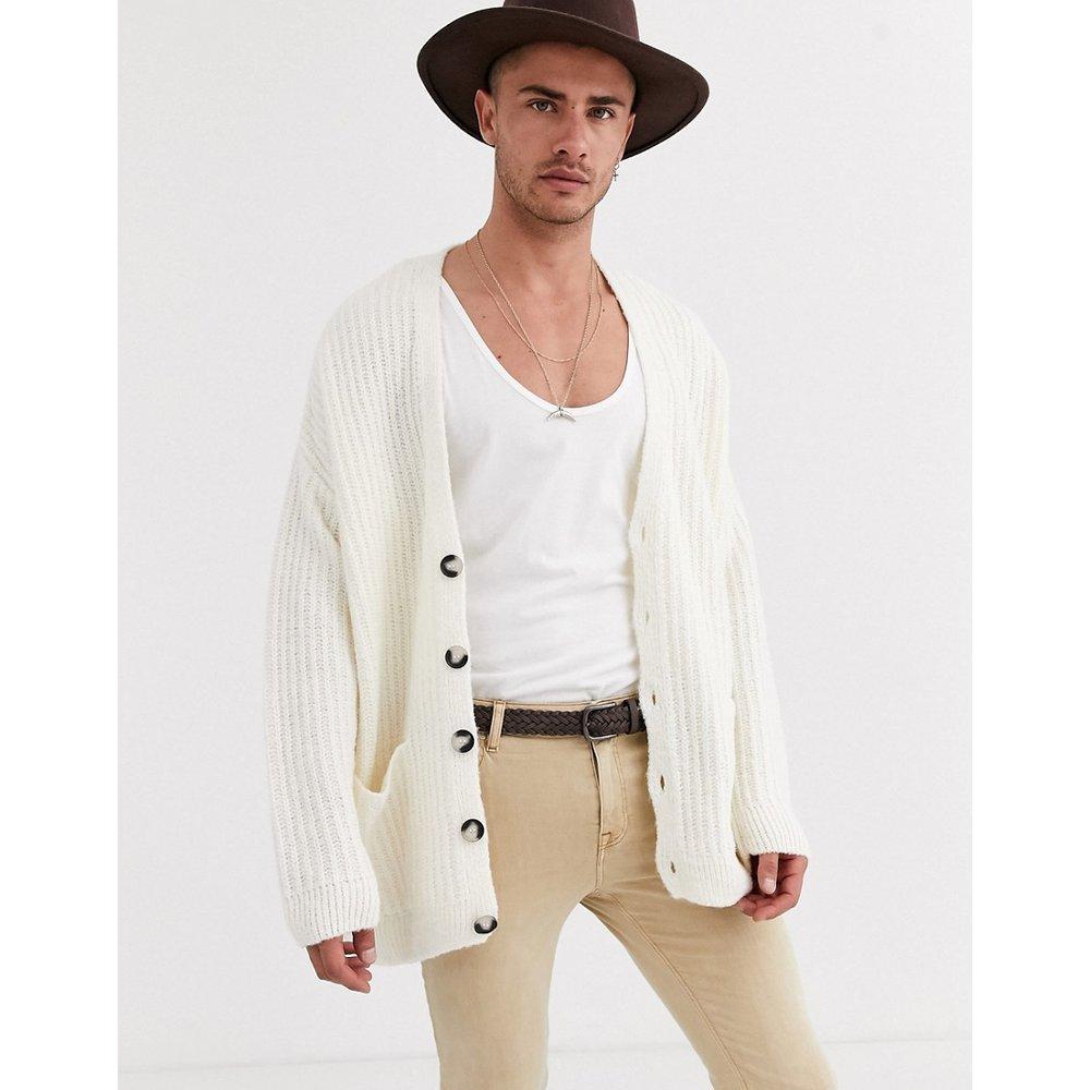 Cardigan oversize côtelé - Blanc cassé - ASOS DESIGN - Modalova