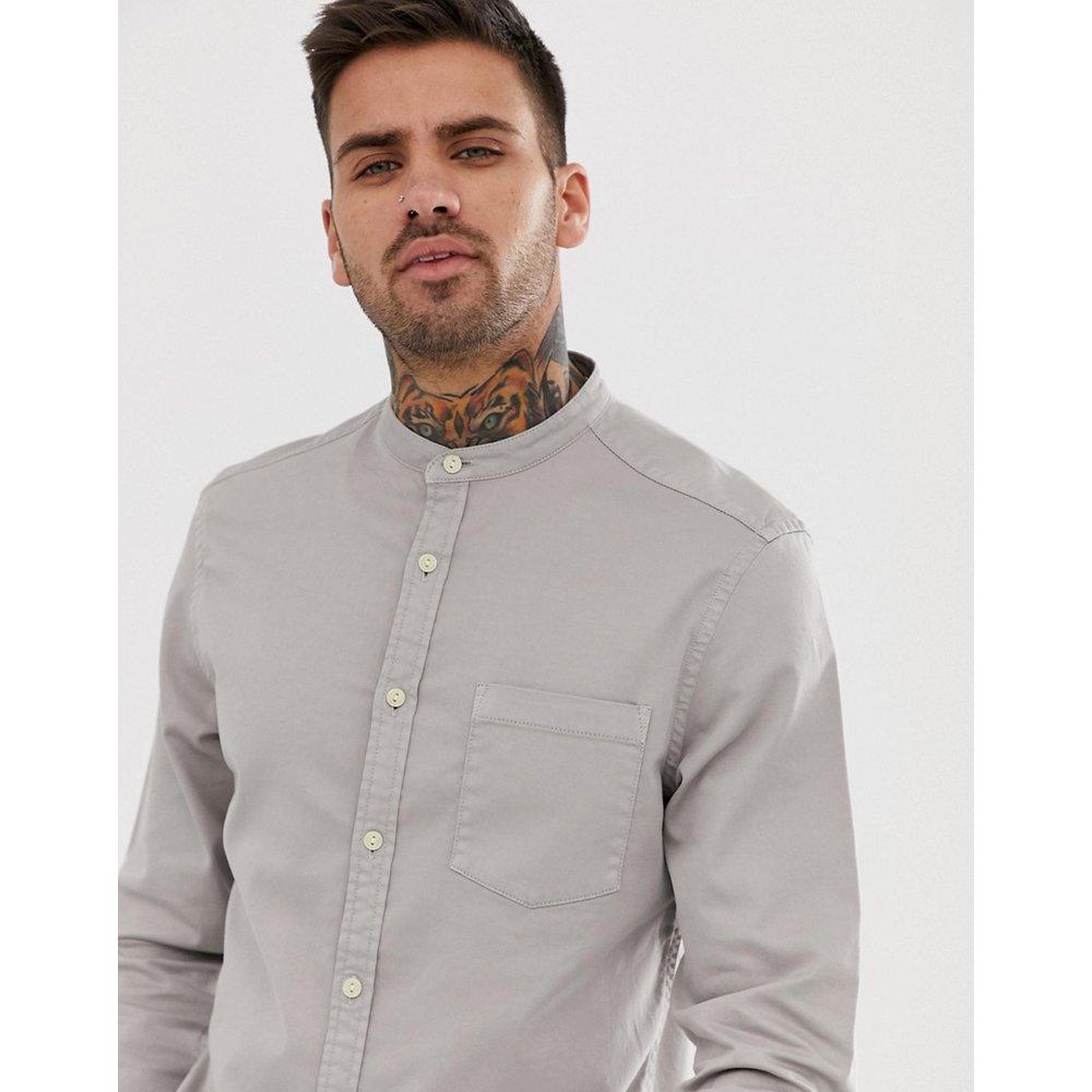 Chemise ajustée en jean stretch avec col grand-père - ASOS DESIGN - Modalova