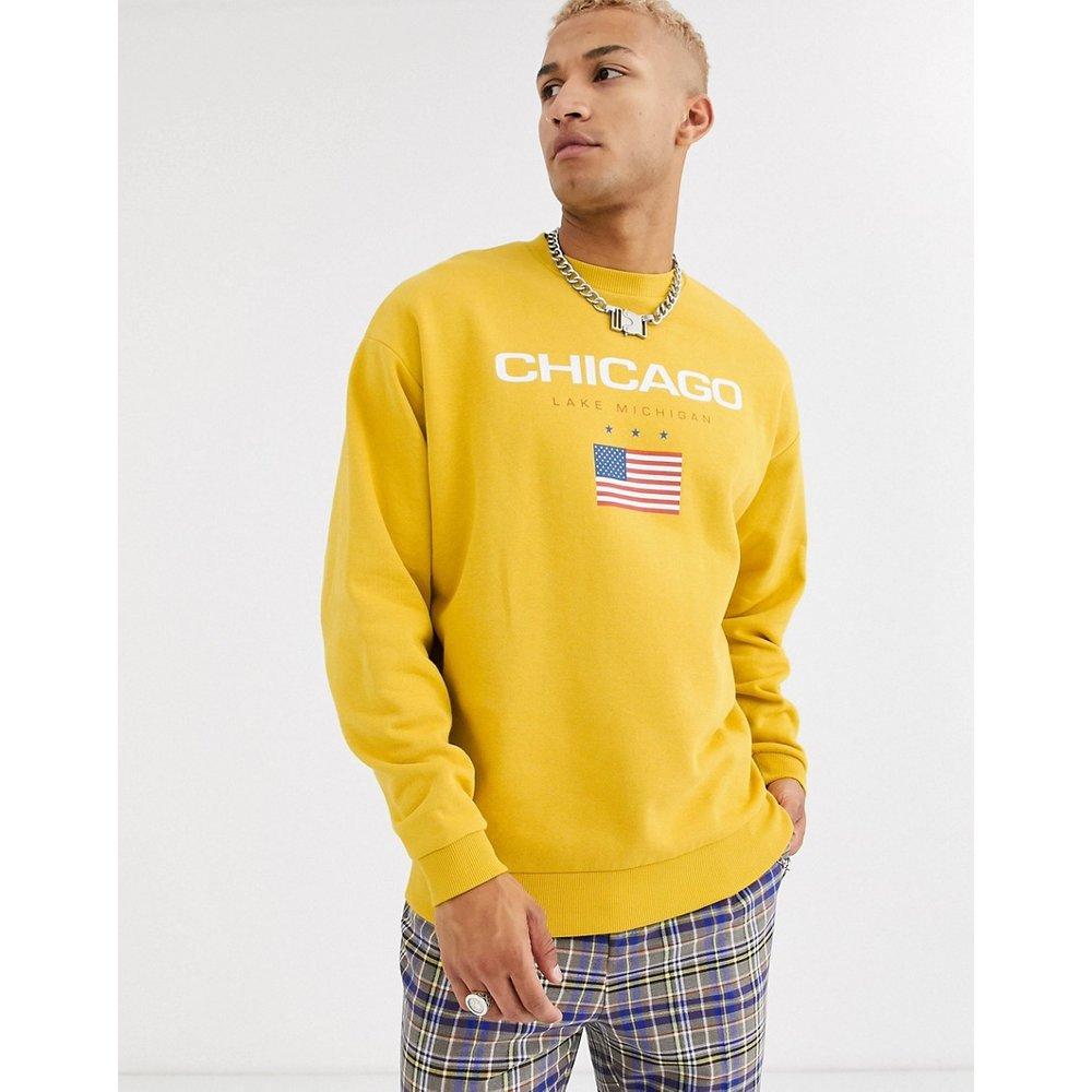 Chicago - Sweat-shirt oversize à imprimé - Moutarde - ASOS DESIGN - Modalova